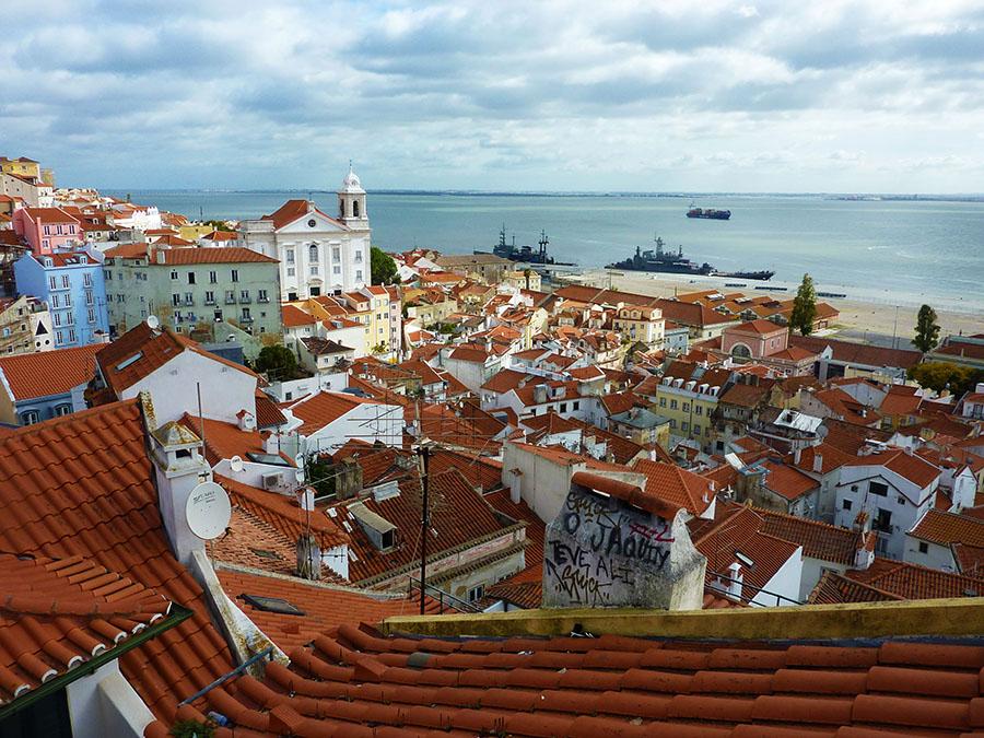 Terrasse vue sur Lisbonne Alfama