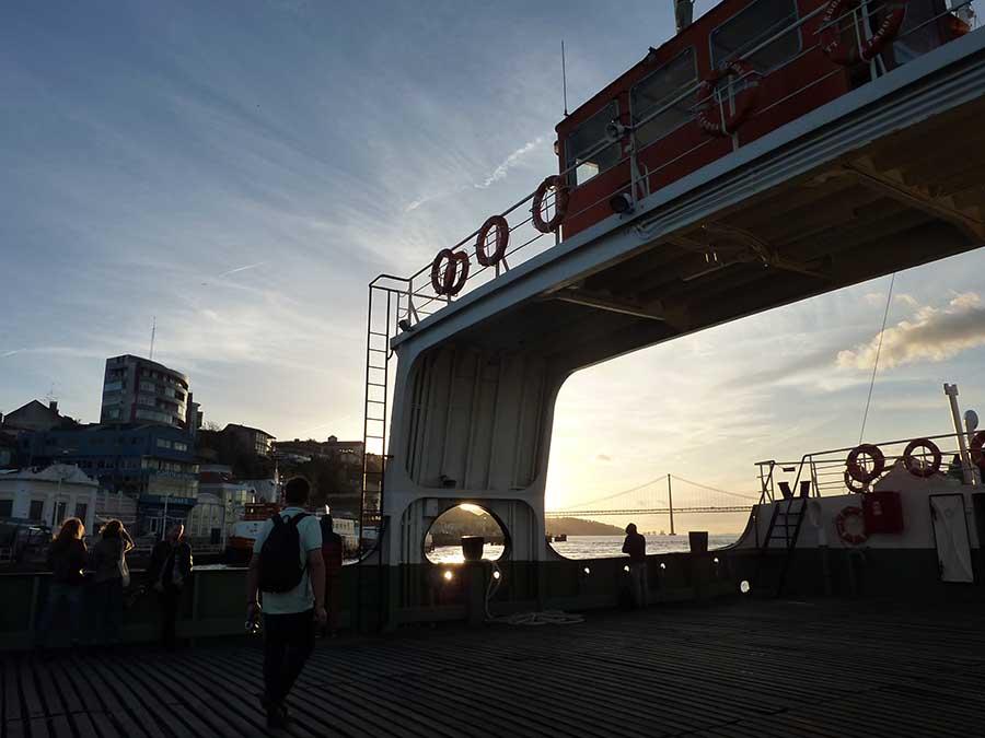 ferry lisbonne