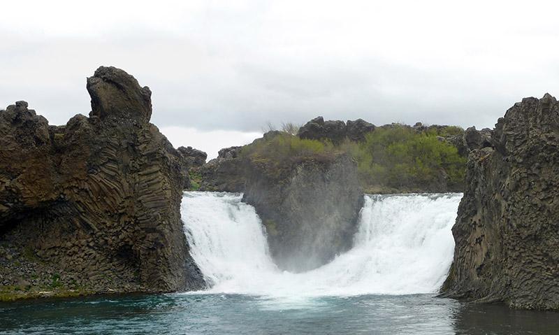 chute Hjalparfoss islande