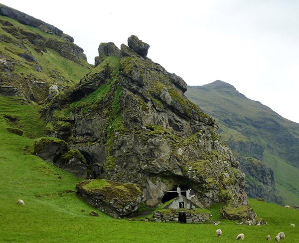grotte Rutshellir islande