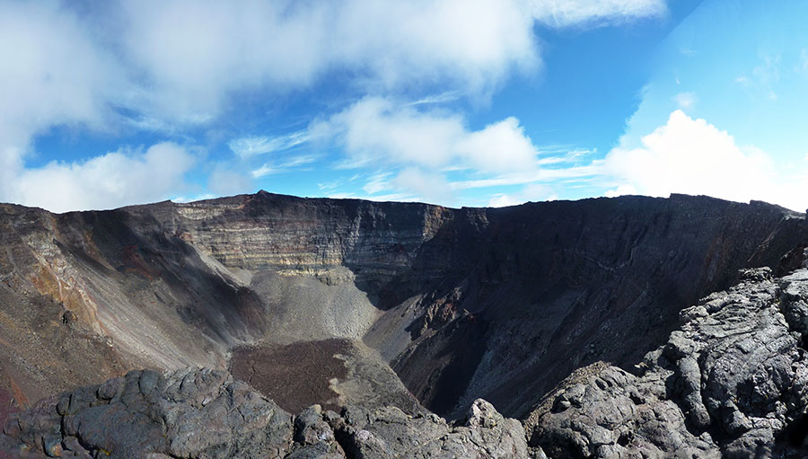 cratere piton fournaise