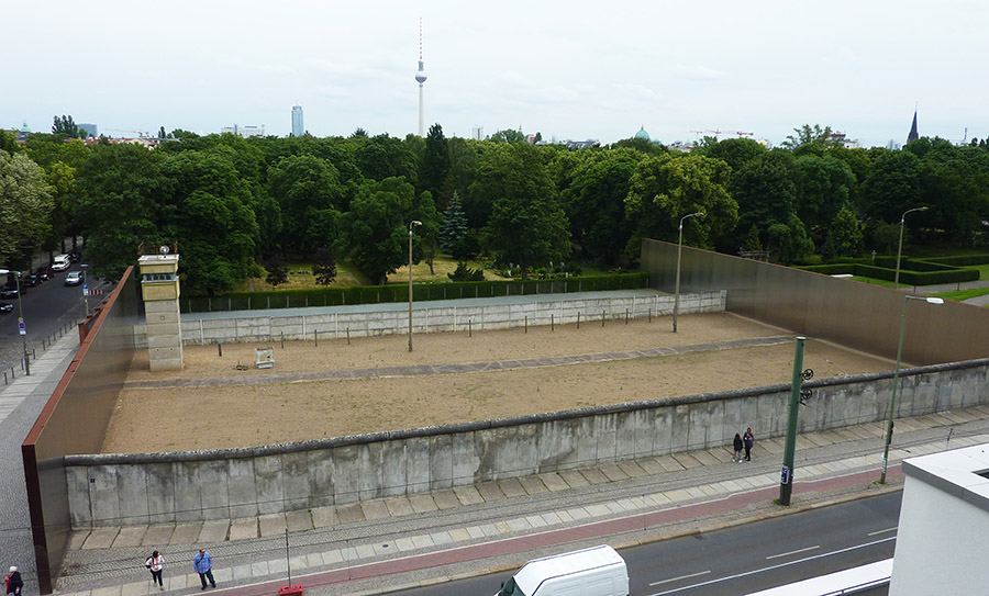 berlin no mans land