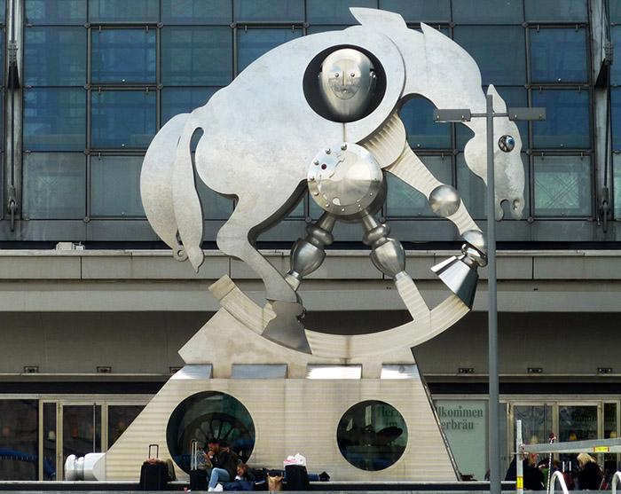 berlin rolling horse