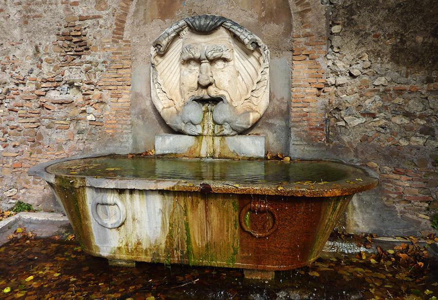 rome fontaine sabine
