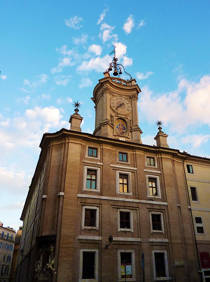 rome piazza orologio