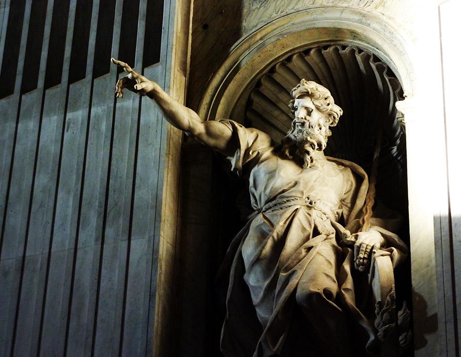 vatican basilique statue