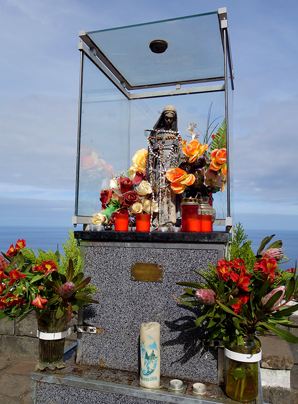 madere porto moniz madone statue vierge