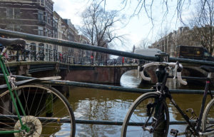 amsterdam canal velo