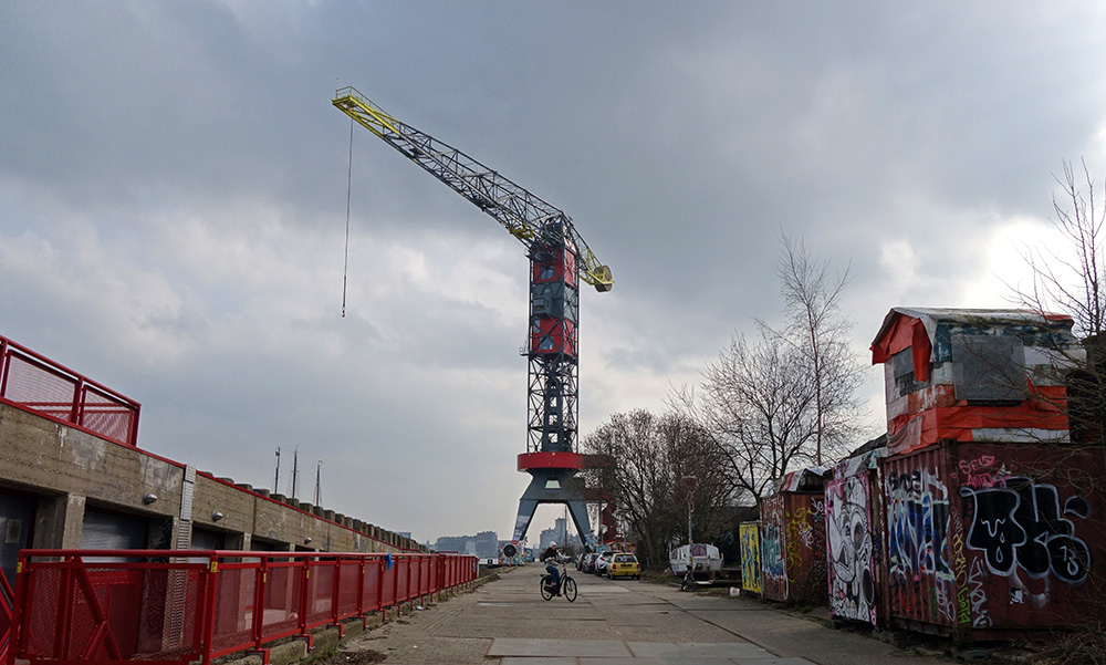 amsterdam crane grue faralda hotel