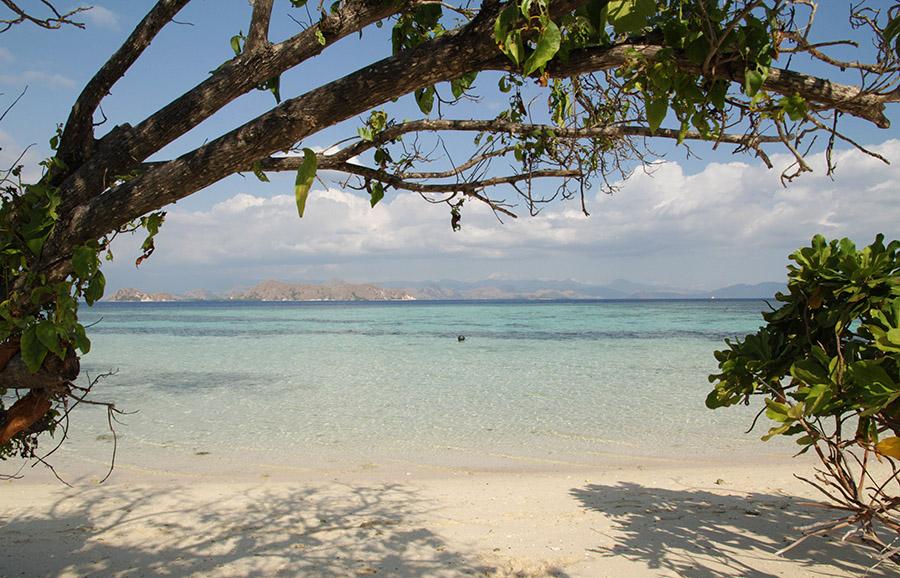indonesie komodo kanawa island ile beach plage