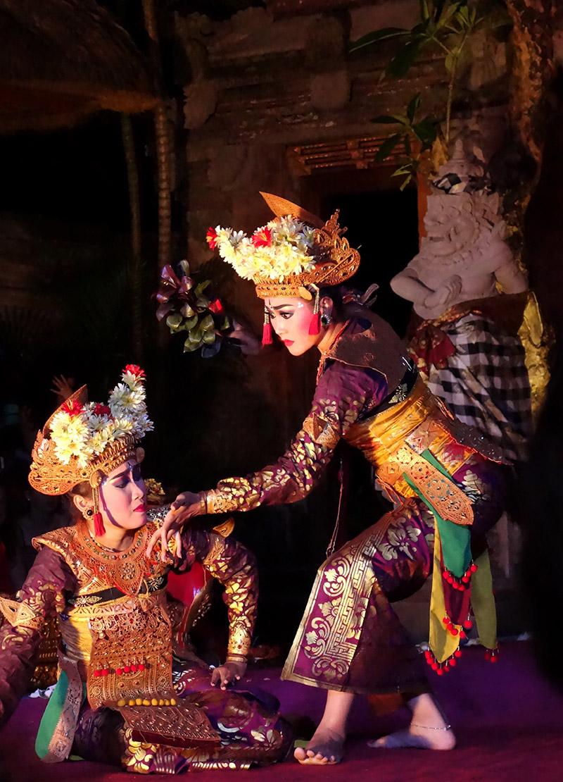 indonesie bali ubud puri saren palace danse