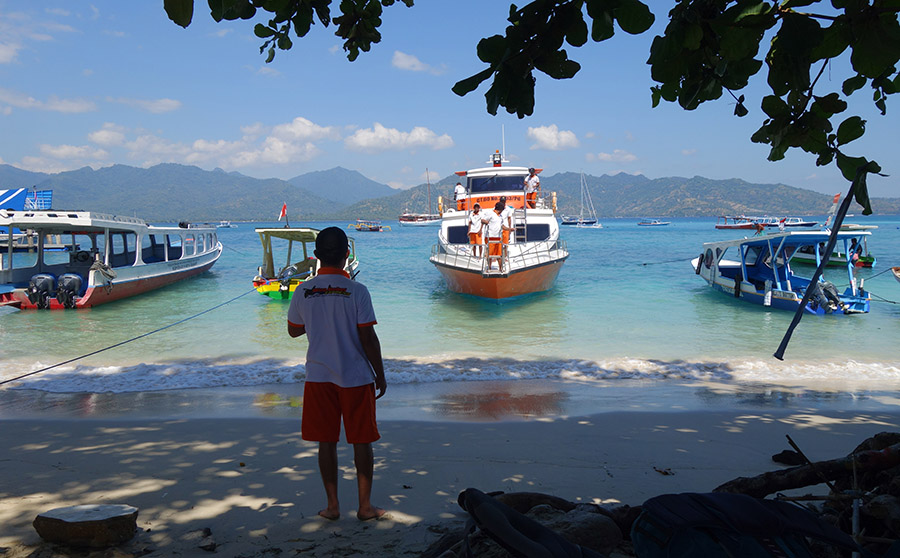 indonesie gili air fast boat wan gobel express plage beach