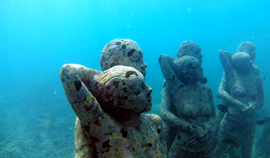 gili air snorkeling tour statues bask nest