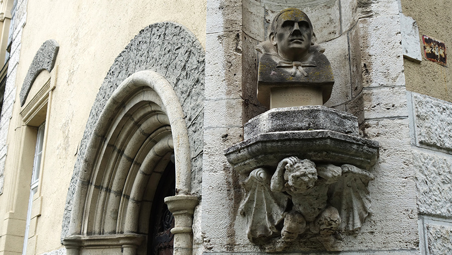 hongrie budapest statue bela lugosi dracula vampire
