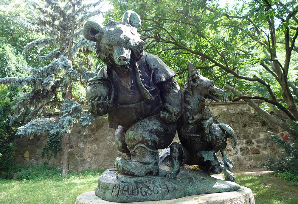 hongrie budapest buda europa liget maugsch statue