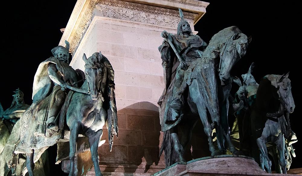 hongrie budapest place des heros monument du millenaire