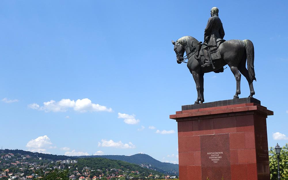 hongrie budapest statue artur gorgey hopenroute
