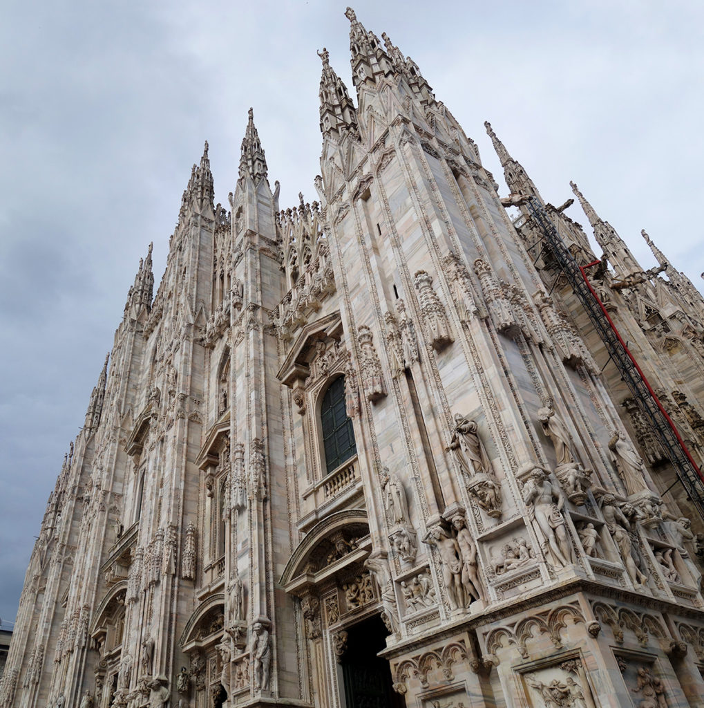 italie milan duomo statue cathedrale architecture