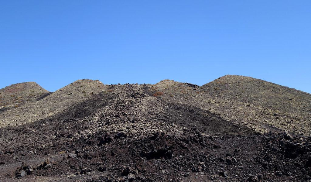 canaries lanzarote los volcanes volcan cratere caldera colorada