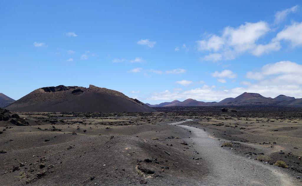 canaries lanzarote los volcanes volcan cratere el cuervo