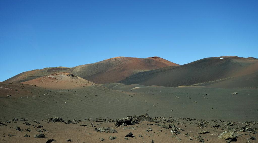 canaries lanzarote volcan lave cratere timanfaya