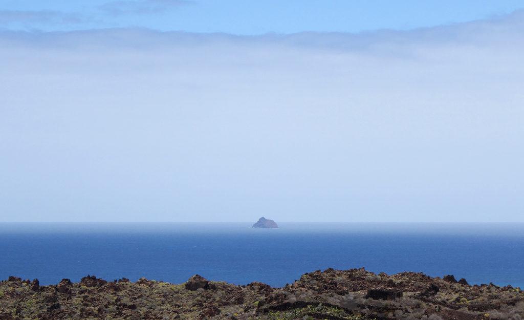 canaries lanzarote roque del este ile island