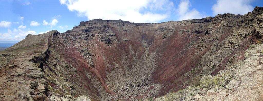 canaries lanzarote volcan volcano corona caldera cratere