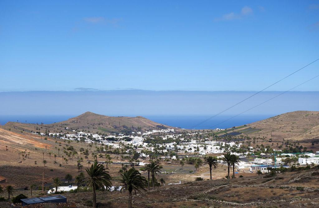canaries lanzarote haria palmiers cesar manrique village vallee