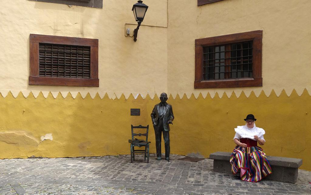 canaries gran canaria las palmas plaza pilar nueveo place rue
