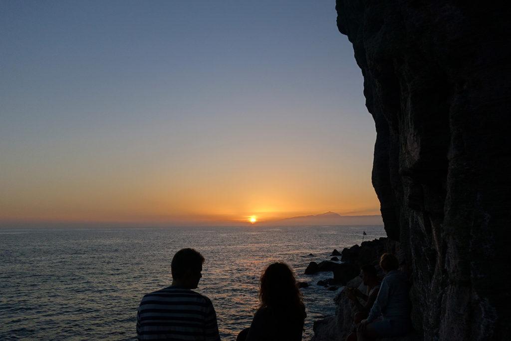 canaries gran canaria playa de mogan sunset coucher soleil mer