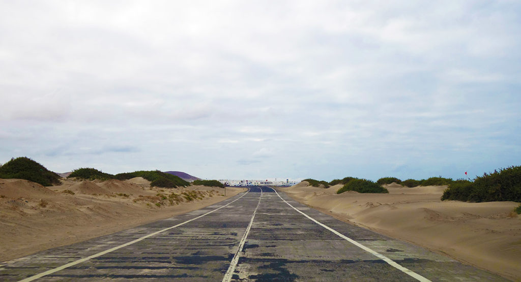 canaries lanzarote route desert sable caleta