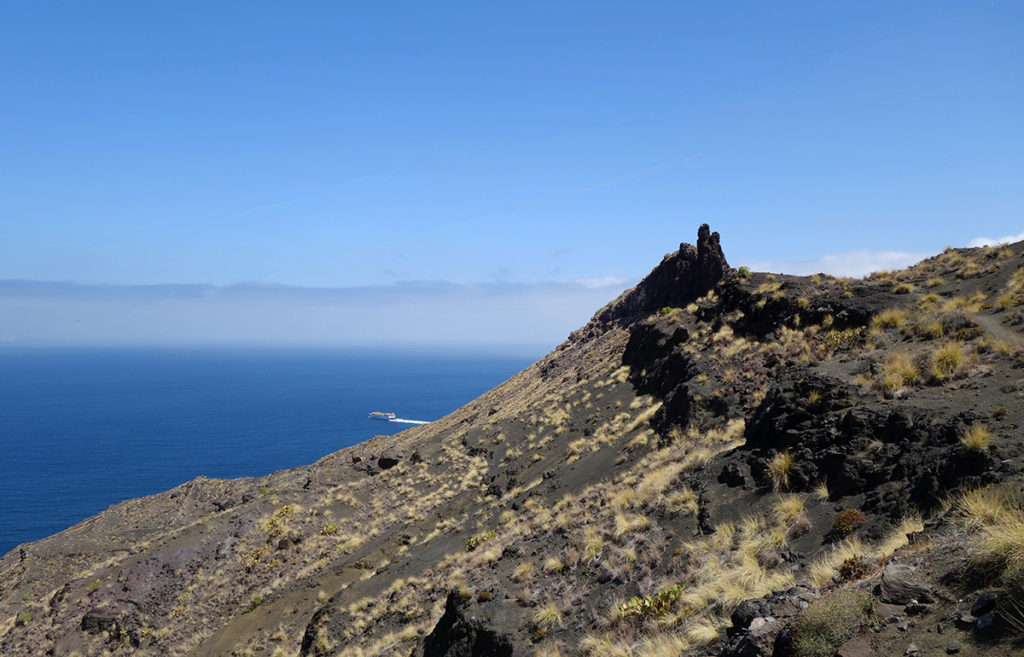 canaries gran canaria gc-200 route montagne falaise road