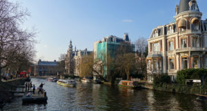 amsterdam museumbrug canal